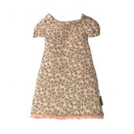 Teddy-Bär-Familie. Nachthemd für Mama/Nightgown for Teddy mum, Maileg